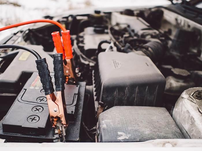 Прикуривание аккумулятора авто
